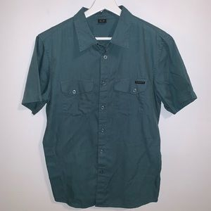 Oakley Men's S Green Button Up Short Sleeve Top